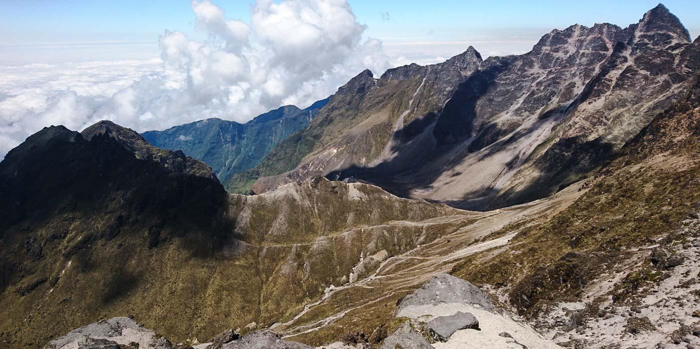 Cráter del volcán Guagua Pichincha