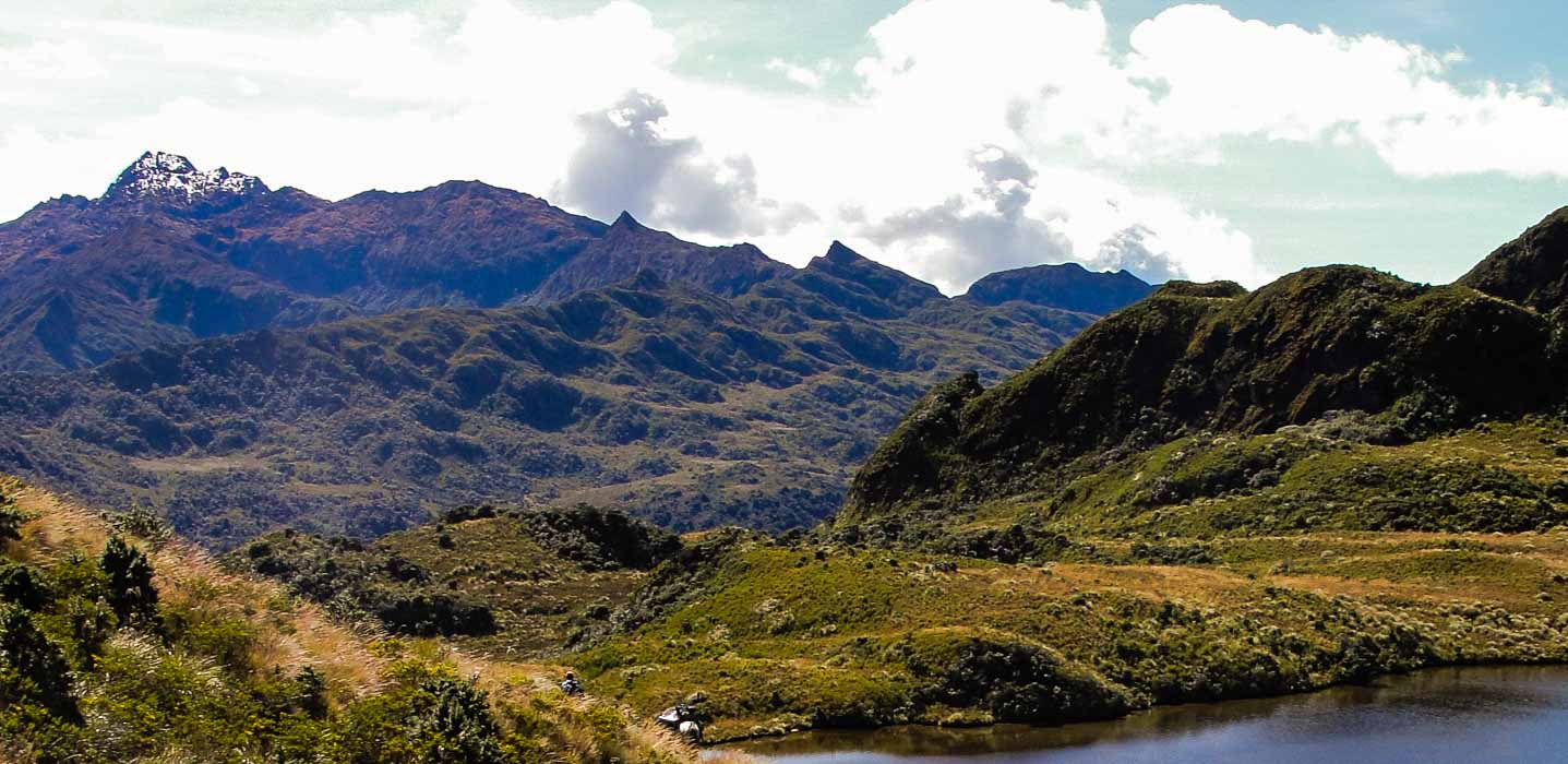 Saraurco Peak
