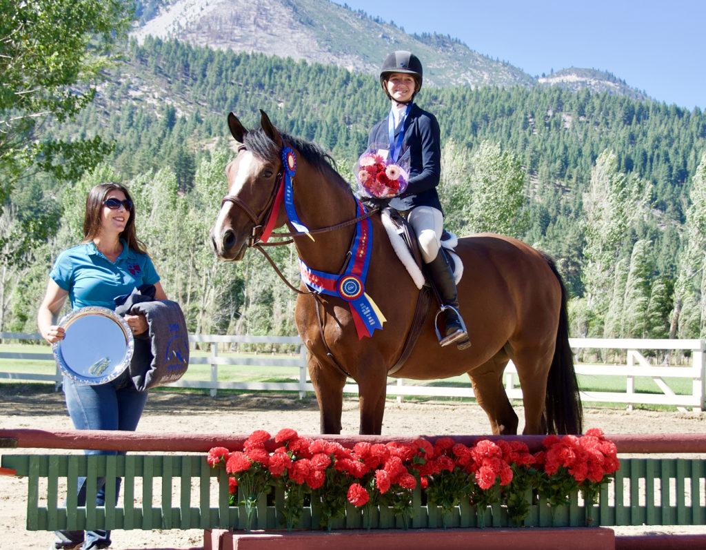 2019 Mini Medal winner, Jenna McAmis & Allegro BF; trainer Liz Reader