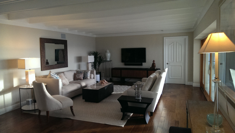 Manasota Key Living Room with 55 inch Television and Sonos Soundbar