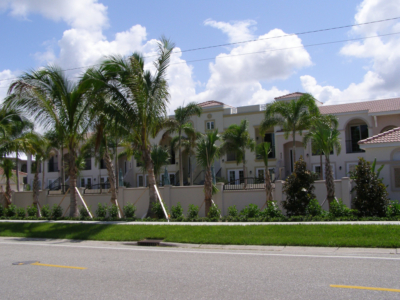 Island-Court-Venice-Florida
