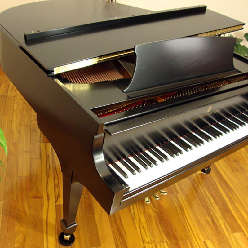 1941 Steinway S Baby Grand Piano in Ebony Traditional