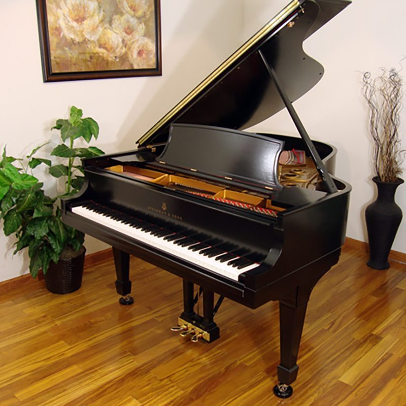 1929 Steinway L Grand Piano in Ebony Traditional Style