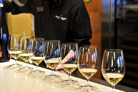 Image: Row of White Wine Glasses for Tasting