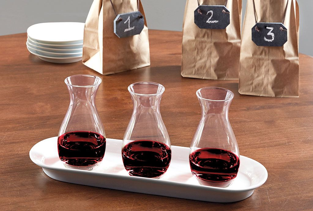 For a full tasting flight experience at home, try this Tasting Set