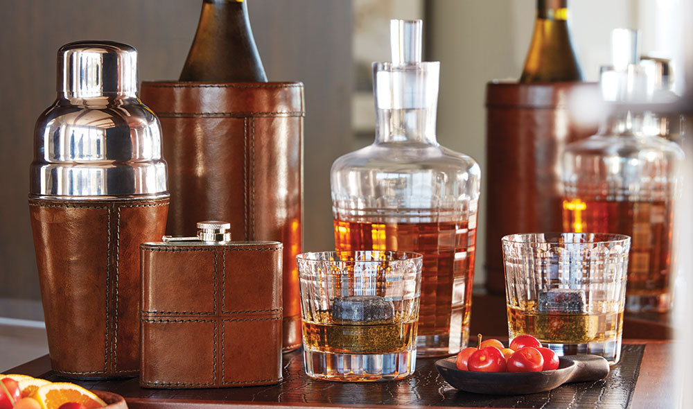 Brown Leather Barware and Whisky Set