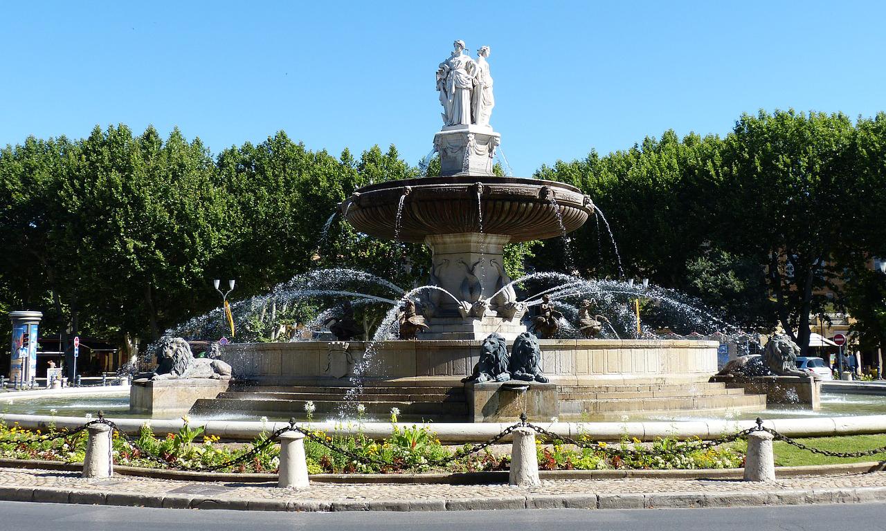 Fontaine de la Place de la Rotonde in Aix-en-Provence