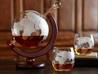 Etched Whisky Globe and Tumblers