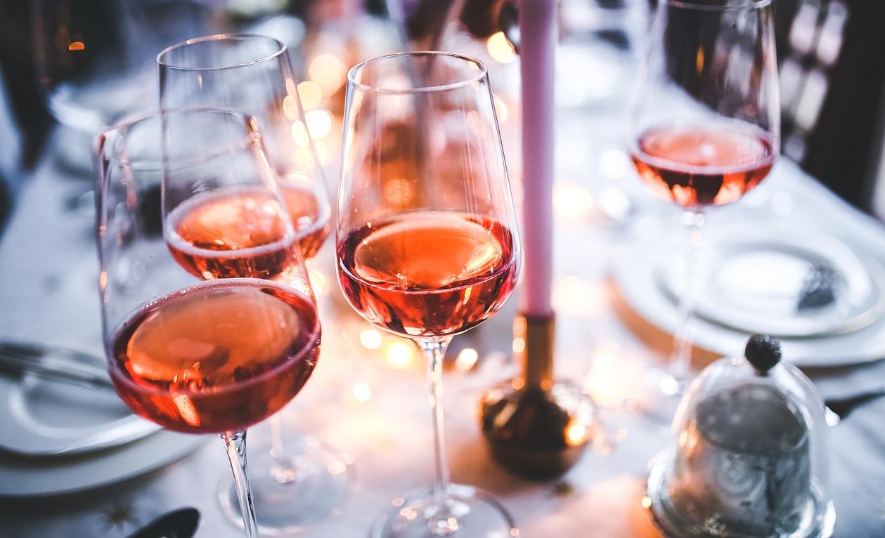White Zinfandel Wine Glasses