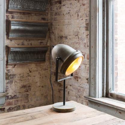 auto headlight lamp short