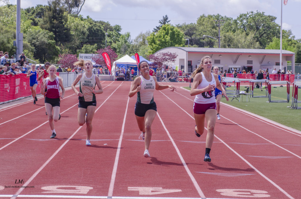 Heat 5 of 400m by Michael Lucid