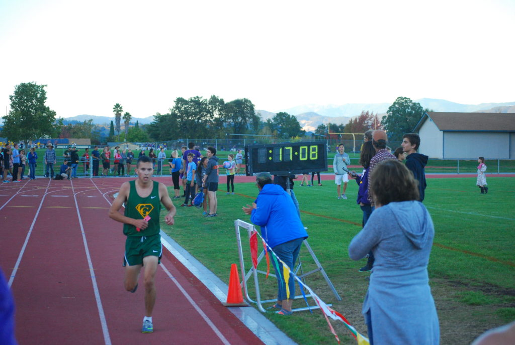 Esponda crosses the line in 17:10 for 4th.