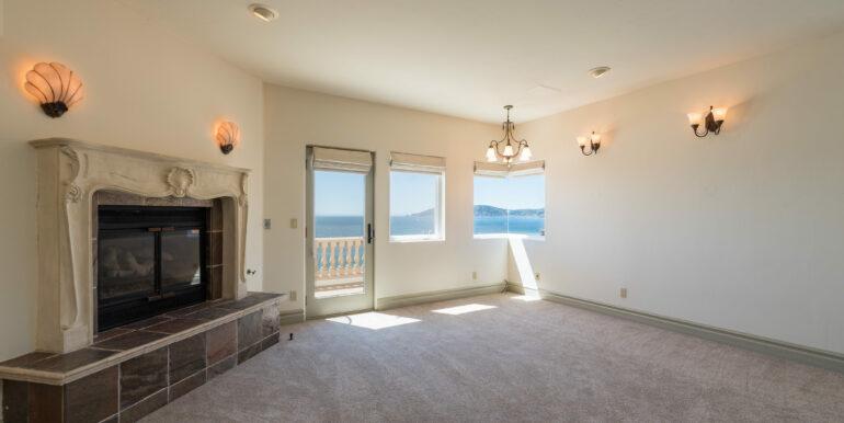 2569 Spyglass Dr Pismo Beach-print-042-70-Family Room-4200x2804-300dpi