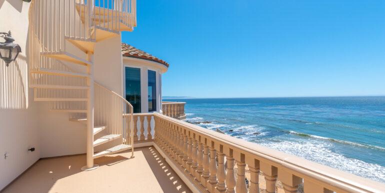 2569 Spyglass Dr Pismo Beach-print-045-66-Family Room Balcony-4200x2804-300dpi