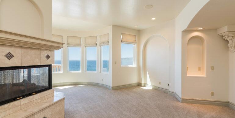 2569 Spyglass Dr Pismo Beach-print-051-79-Master Bedroom-4200x2804-300dpi