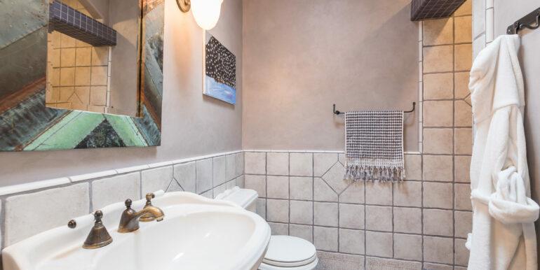 2569 Spyglass Dr Pismo Beach-print-060-18-Bathroom-4200x2804-300dpi
