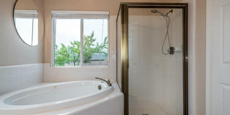 132 El Viento Pismo Beach CA-017-16-Master Suite-MLS_Size