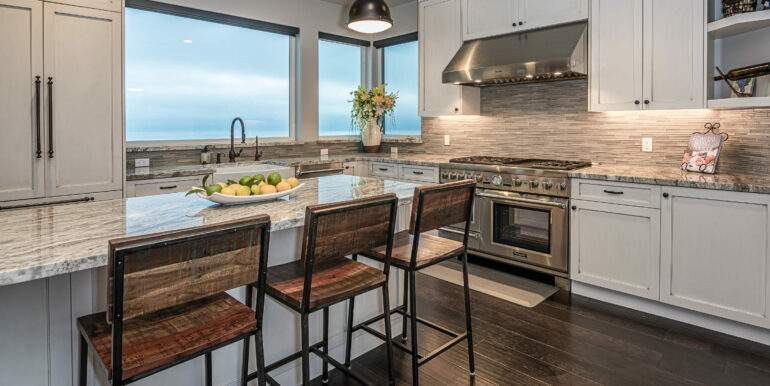 229 Foothill Rd Pismo Beach CA-print-018-026-Kitchen-3000x2002-300dpi