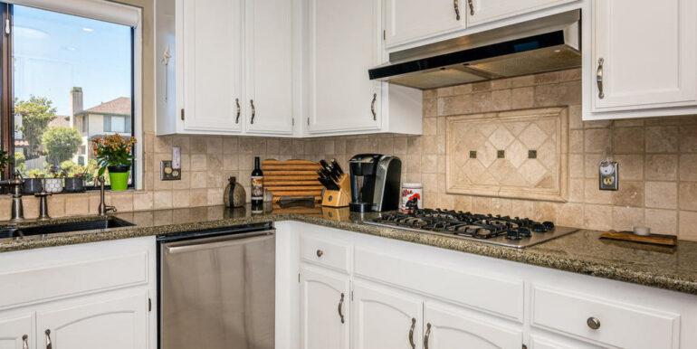 223 Margo Way Pismo Beach CA-015-031-Kitchen-MLS_Size