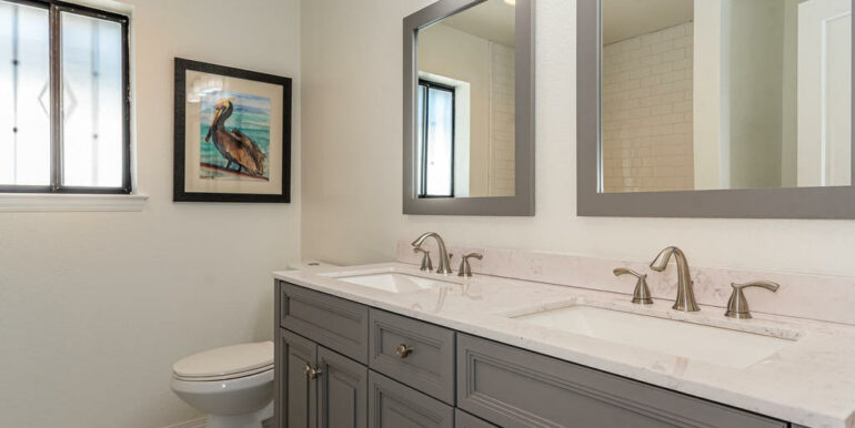 223 Margo Way Pismo Beach CA-026-015-Bathroom Three-MLS_Size