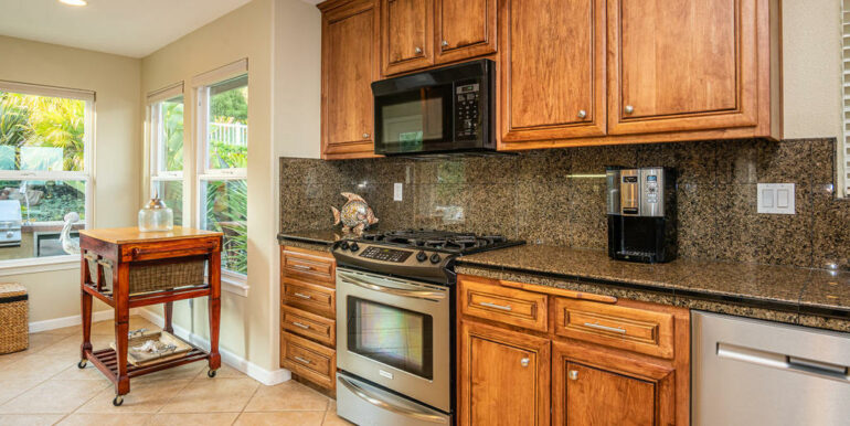 236 Foothill Rd Pismo Beach CA-018-046-Kitchen-MLS_Size
