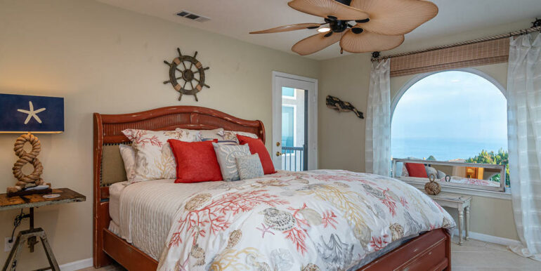 236 Foothill Rd Pismo Beach CA-022-007-Master Suite-MLS_Size