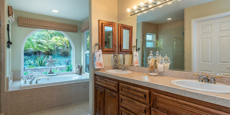 236 Foothill Rd Pismo Beach CA-024-023-Master Suite-MLS_Size