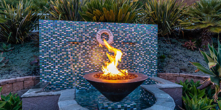 236 Foothill Rd Pismo Beach CA-036-032-Fire Pit Water Feature-MLS_Size