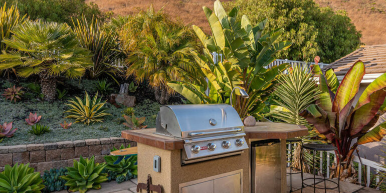 236 Foothill Rd Pismo Beach CA-037-037-Outdoor Kitchen-MLS_Size