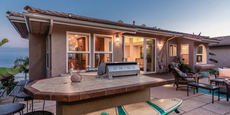 236 Foothill Rd Pismo Beach CA-038-031-Bar-MLS_Size