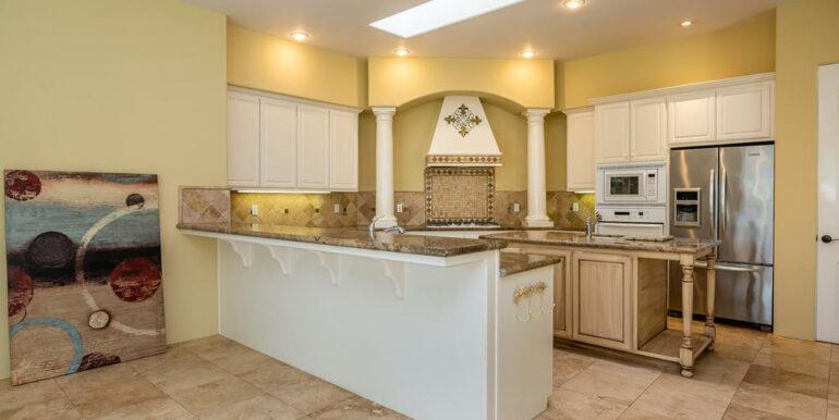 2055 Idyllwild Pl Arroyo-011-013-Kitchen-MLS_Size