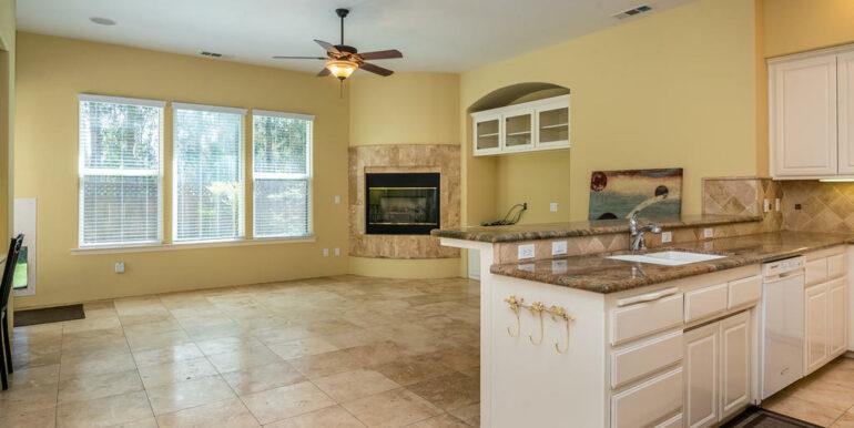 2055 Idyllwild Pl Arroyo-014-014-Kitchen-MLS_Size