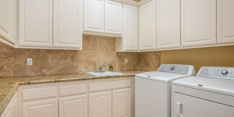 2055 Idyllwild Pl Arroyo-029-025-Laundry Room-MLS_Size