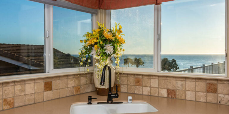 172 Foothill Rd Pismo Beach CA-013-012-Kitchen-MLS_Size