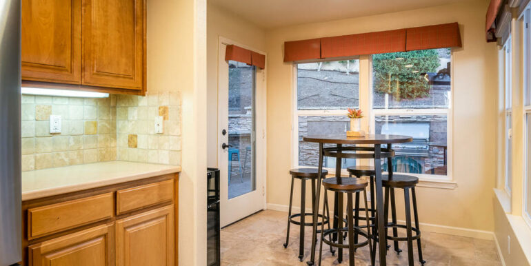 172 Foothill Rd Pismo Beach CA-016-018-Kitchen-MLS_Size