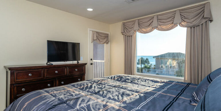 172 Foothill Rd Pismo Beach CA-020-016-Master Suite-MLS_Size