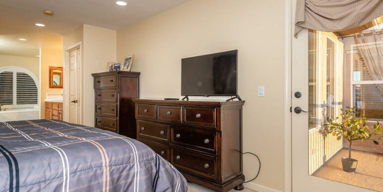172 Foothill Rd Pismo Beach CA-021-023-Master Suite-MLS_Size