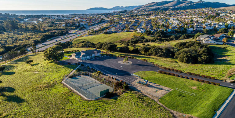 125 Marian Way Pismo Beach CA-037-038-Toucan Terrace Clubhouse Park-MLS_Size