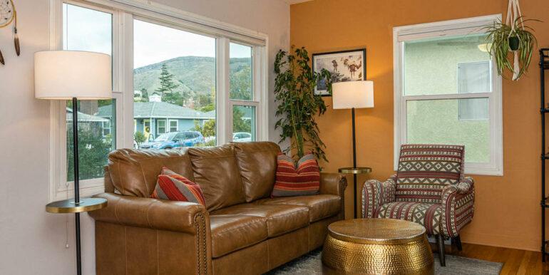 653 Caudill St San Luis Obispo-004-003-Living Room-MLS_Size