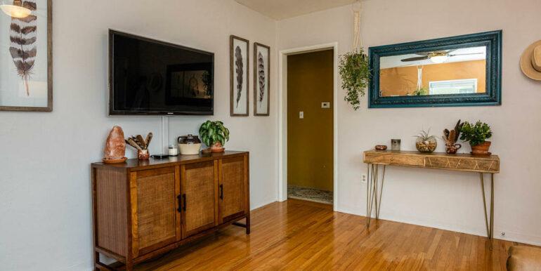 653 Caudill St San Luis Obispo-005-008-Living Room-MLS_Size