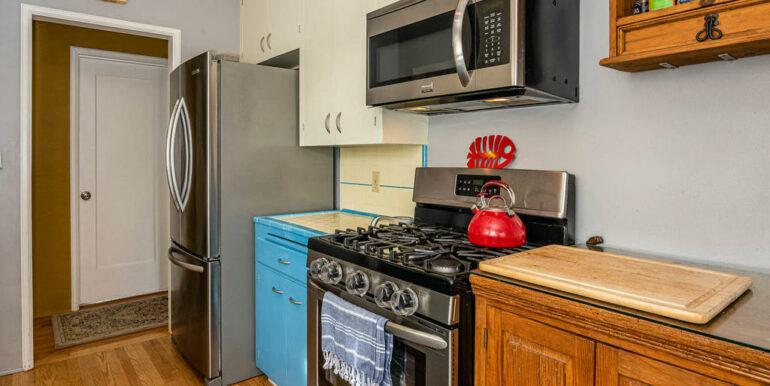 653 Caudill St San Luis Obispo-008-007-Kitchen-MLS_Size