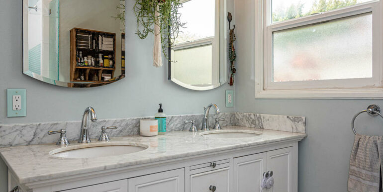 653 Caudill St San Luis Obispo-012-011-Bathroom-MLS_Size