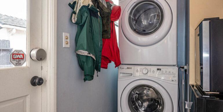 653 Caudill St San Luis Obispo-014-013-Laundry Room-MLS_Size