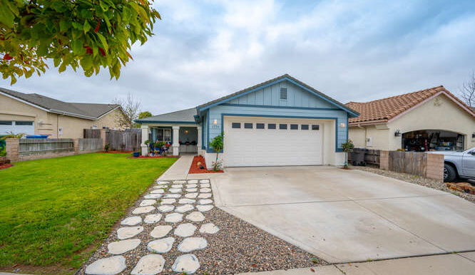 1154 Marseille Ct Grover Beach-small-013-036-Exterior Front-666x444-72dpi
