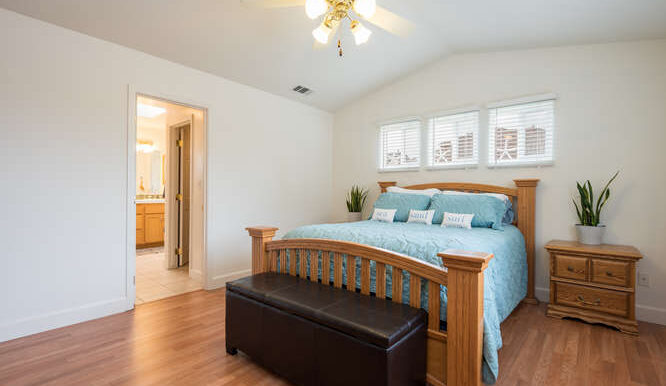 1154 Marseille Ct Grover Beach-small-033-015-Master Bedroom-666x444-72dpi