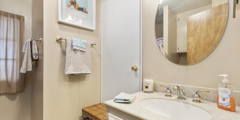 2300 Cienaga #22 18 Guest Bathroom