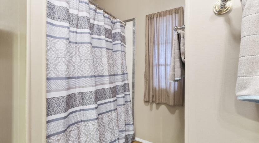 2300 Cienaga #22 19 Guest Bathroom