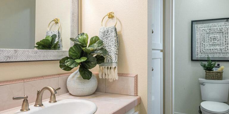 259 San Jacinto Dr Los Osos CA-020-043-Bathroom One-MLS_Size