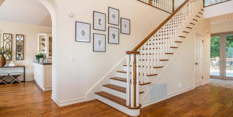 259 San Jacinto Dr Los Osos CA-021-015-Grand Stairway-MLS_Size