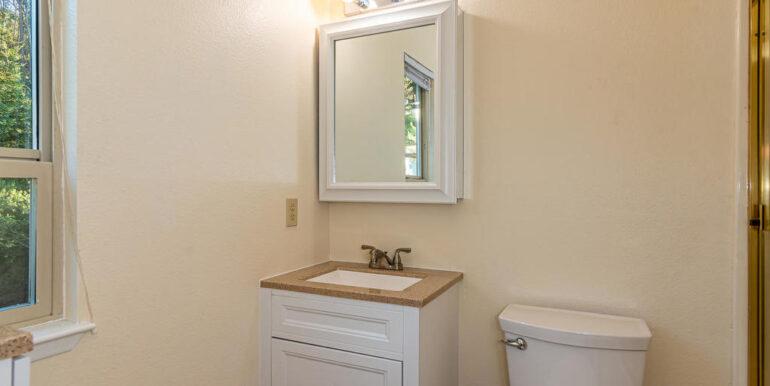 259 San Jacinto Dr Los Osos CA-044-035-The Apartment Bath-MLS_Size